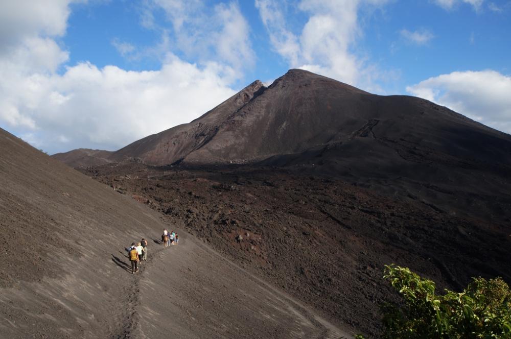 Le volcan Pacaya. On pouvait même apercevoir de la fumée qui sortait du volcan!